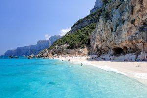 Wisata Terbaik Pantai Terindah Italia 2021