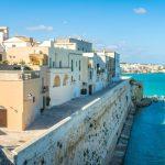 7 Resor Pantai Paling Terjangkau Dan Indah di Italia